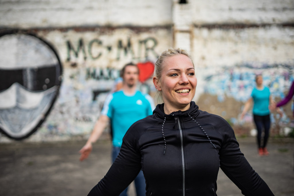 Outdoor Fitness Trainerin in Wuppertal beim Sport